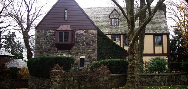 "Corleone Mansion from ""The Godfather"" Goes on Sale"